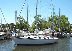 Moondance departing SailCraft B/yard Oriental, NC.